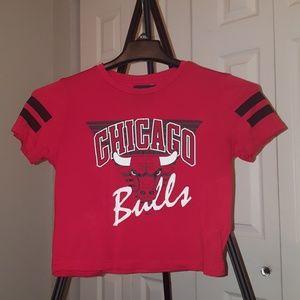 NBA Chicago Bulls Short Sleeve Crop Top